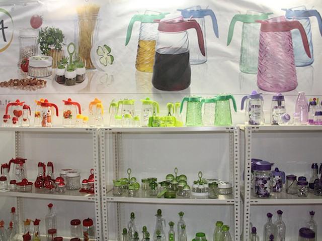 Loiça e decoração chamam os angolanos à Turqui