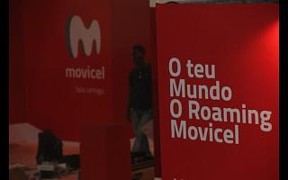 No pavilhão 2: bancos telecomunicações e tv