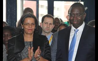 Ministra do Comércio e PCA FIL