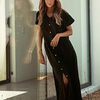 Vestido com mangas abalonadas preto (160€)