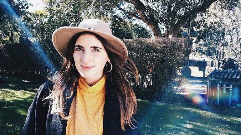 Sílvia Abreu tem 24 anos e é produtora de televisão. Troca os processados por receitas caseiras.