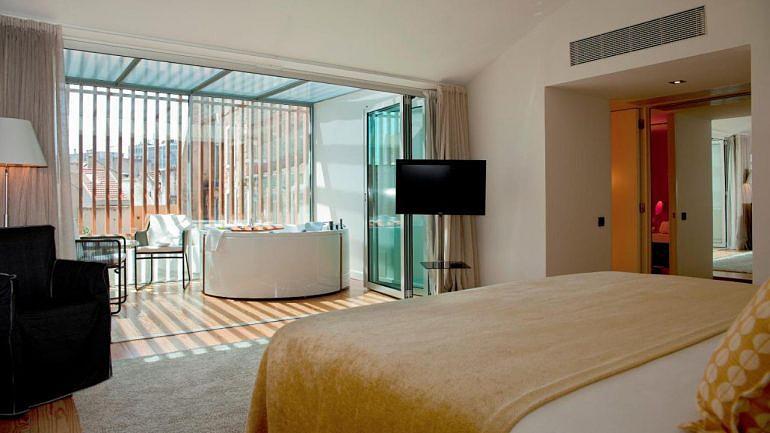 O hotel Inspira Santa Marta resultou da reabilitação dos edifícios da Rua de Santa Marta