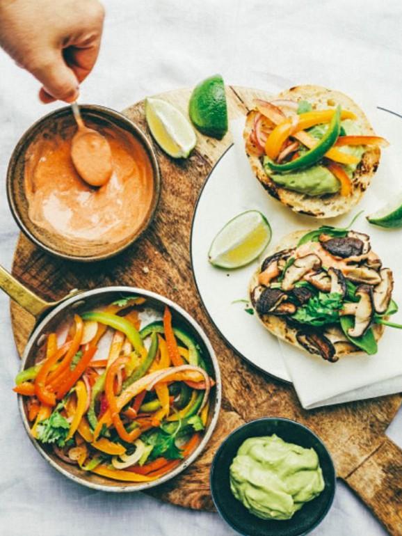3 receitas de hambúrgueres vegetarianos (de 3 regiões diferentes do mundo)