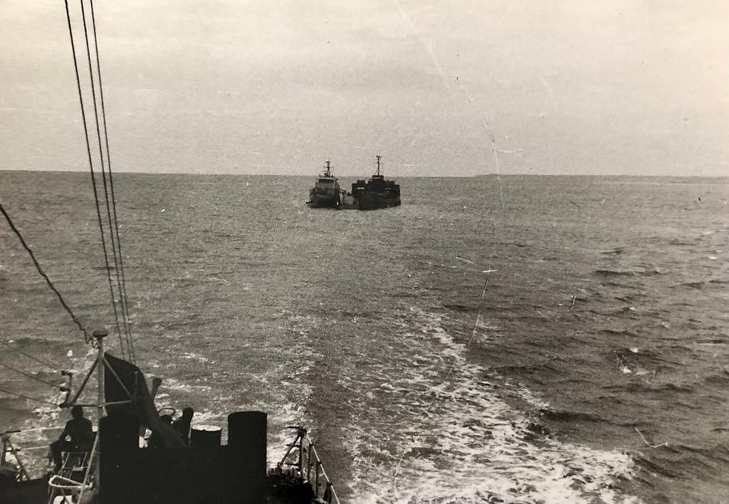 Operação Mar Verde - Lanchas com as forças portuguesa já nas águas da República da Guiné