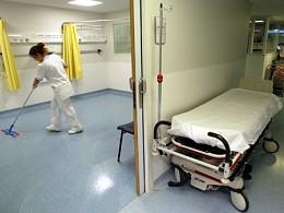 Médicos e enfermeiros passam a deslocar-se entre hospitais para evitar transporte de doentes