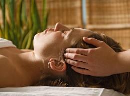 Reiki sugerido como terapia complementar à medicina tradicional