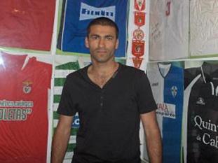 Jogador formado no Benfica assina contrato com o Torreense