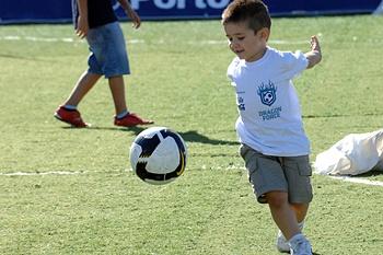 FC Porto observa futuros craques na Escola de Pauleta