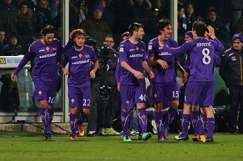 Fiorentina ainda sonha com Champions, Siena e Palermo descem