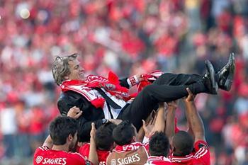 Benfica soma a 10ª 'dobradinha'