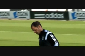 """Frank de Boer dá """"show"""" no treino do Ajax"""