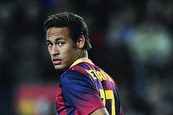Alerta no Barcelona. Neymar volta a lesionar-se