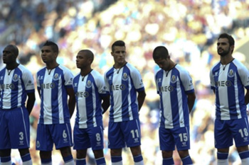 FC Porto's new players (L-R) Bruno Martins Indi, Casemiro, Yacine Brahimi, Cristian Tello, Evandro and Adrián López, during the team´s presentation to the supporters, at Dragao Stadium, in Porto, north of Portugal, 27 July 2014