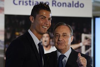 O avançado português Cristiano Ronaldo garantiu hoje apoiar totalmente o presidente do Real Madrid, Florentino Perez, depois de ter questionado a política de contratações do campeão europeu de futebol.
