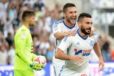 Marselha vence Rennes e lidera à condição