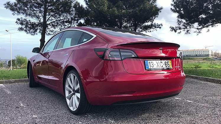 Model 3, a conta que a Tesla fez