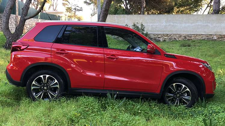 Suzuki Vitara: TT low-cost, prazer em alta!
