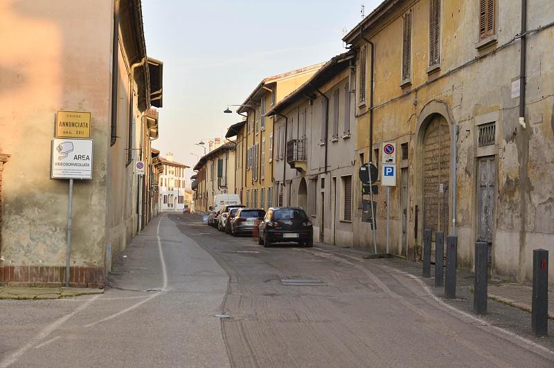 Resultado de imagem para Itália confirma 16 infetados pelo Covid-19 e fecha espaços públicos em 10 cidades