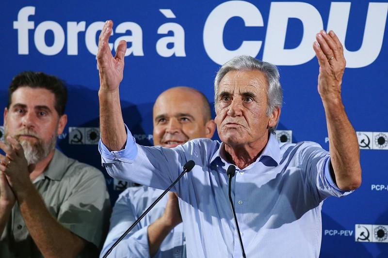 """Resultado de imagem para Eleições: Líder do PCP acusa PS de querer maioria absoluta para se livrar de """"empecilhos"""""""