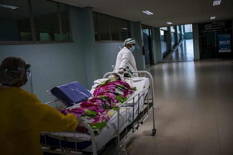 COVID-19: Brasil volta a registar mais de mil mortes diárias e ...