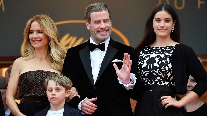 A última foto de Kelly Preston com John Travolta e os filhos ...