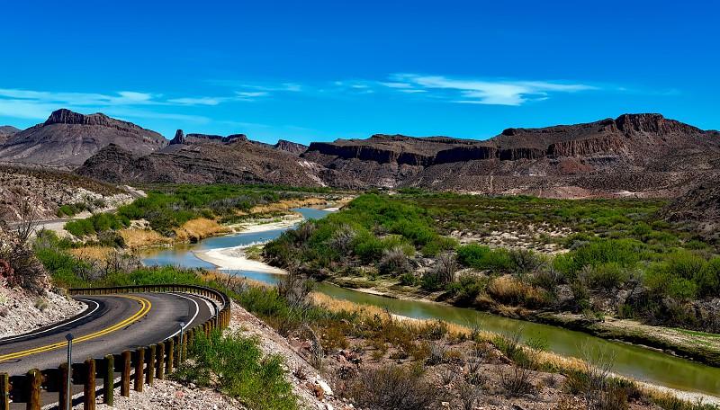 No majestoso cenário de westerns: pelas trilhas do Parque Nacional ...