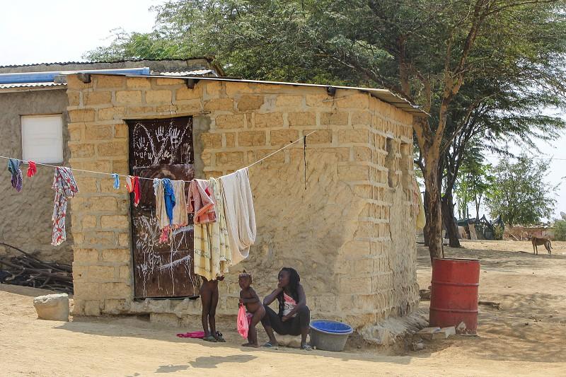 Má nutrição matou este ano quase 150 crianças angolanas na ...