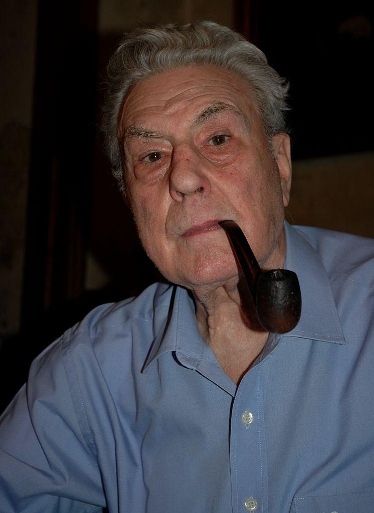 Morreu o investigador e poeta Augusto Mascarenhas Barreto - Atualidade - SAPO 24