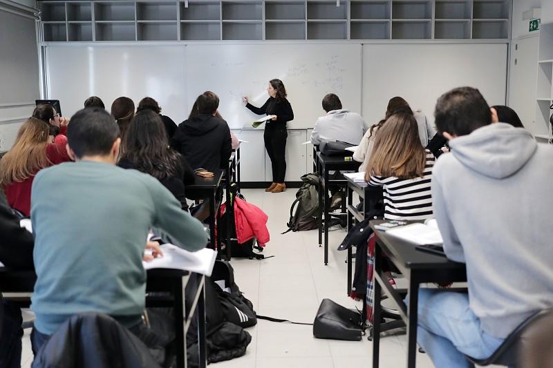 Escola da Covilhã aderiu à autonomia curricular e pôs os alunos a projetar, desenvolver e construir - SAPO 24