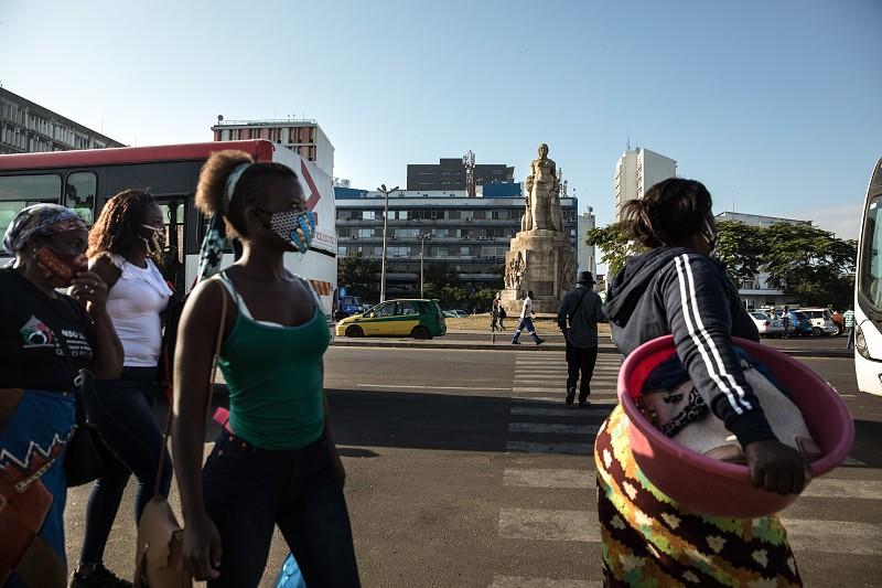 Moçambique regista novo recorde de infeções diárias com 521 novos casos