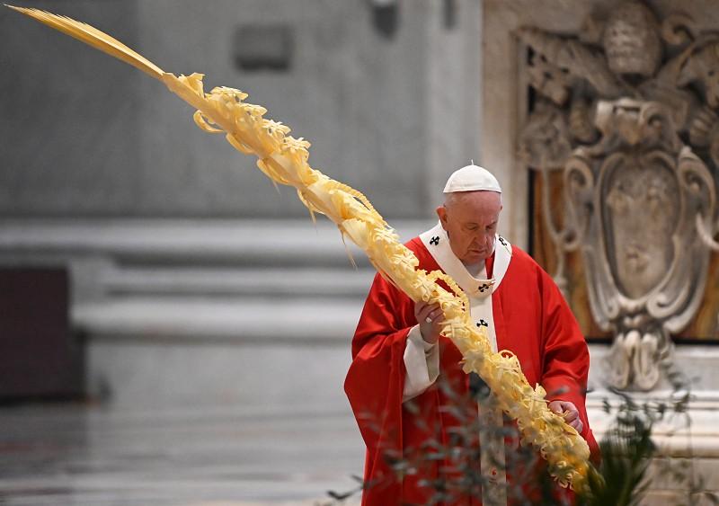 Papa inicia Semana Santa com celebração litúrgica sem presença de ...
