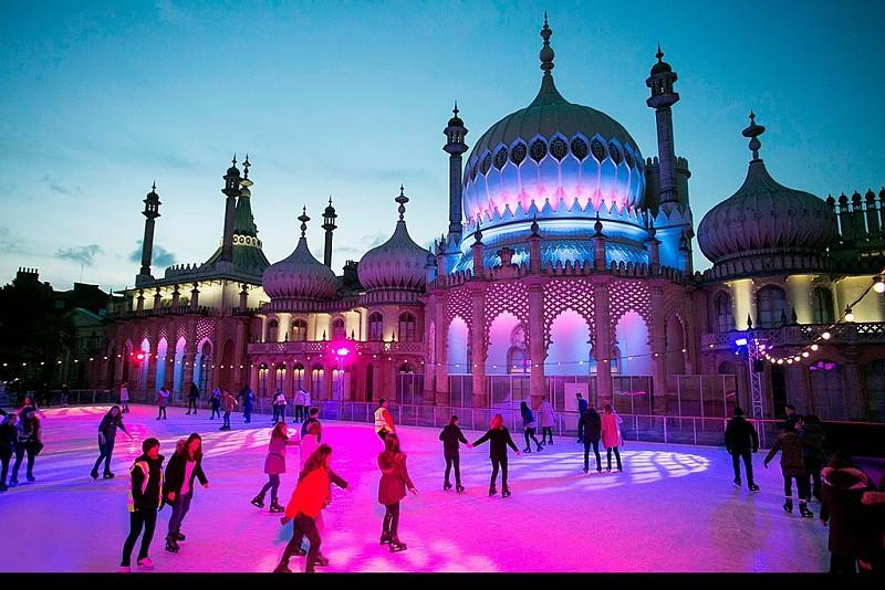 Reino Unido: Pistas de gelo em locais icónicos para visitar este inverno