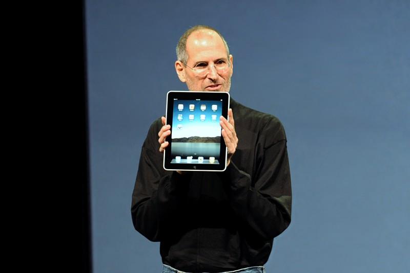 """10 anos de iPad e a história do equipamento que Steve Jobs definiu como """"revolucionário"""""""