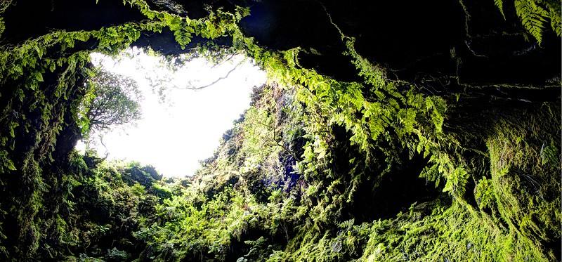 Dentro de um vulcão. Uma experiência única que pode ter na ilha Terceira