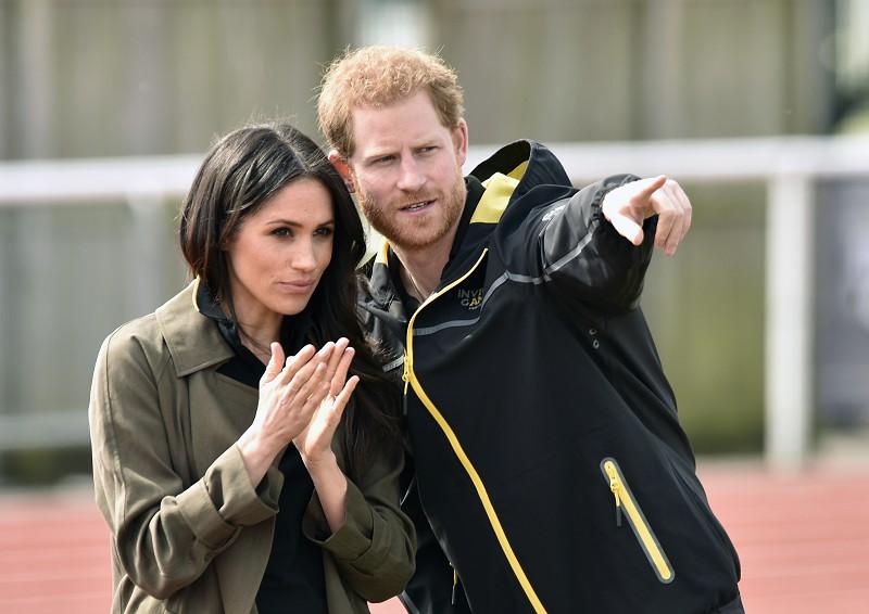 Resultado de imagem para Príncipe Harry e Meghan renunciam aos títulos da realeza