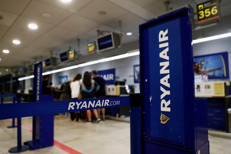 Resultado de imagem para Ryanair reduz voos desde e para Espanha entre 16 e 19 de Março