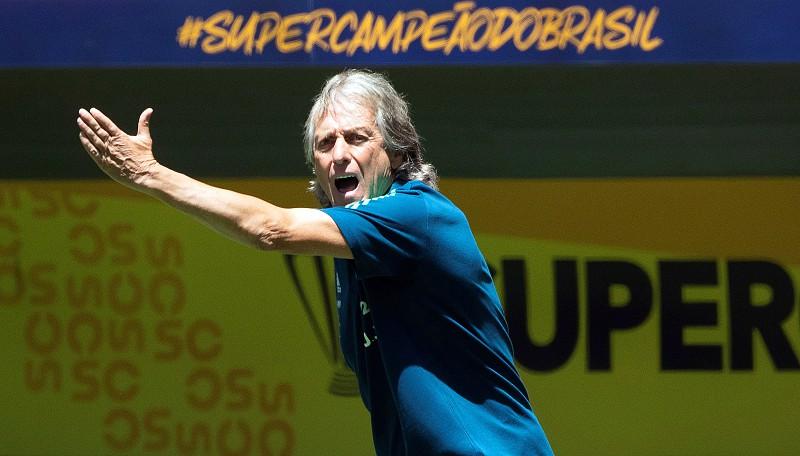 Jorge Jesus renovou com Flamengo por mais uma época - Desporto - SAPO