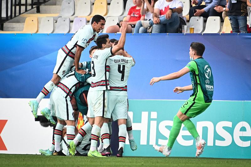 A Sorte Protege Os Audazes Sub 21 De Portugal Batem A Espanha Com Golo Feliz E Estao Na Final Euro Sub 21 Sapo Desporto