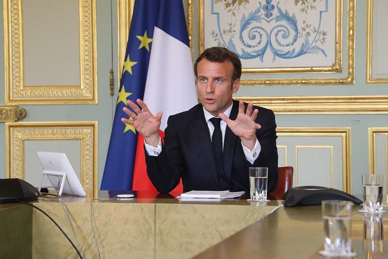 França poderá prolongar confinamento pelo menos até 10 maio ...