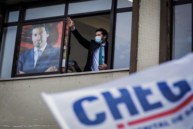 Em dois anos e nove meses, André Ventura é candidato pela terceira vez à presidência do Chega