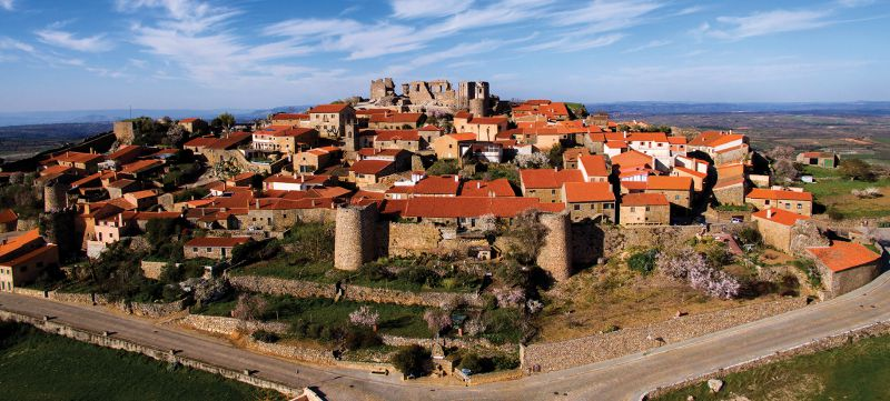 Castelo Rodrigo, a memória do combate histórico - Portugal - SAPO Viagens