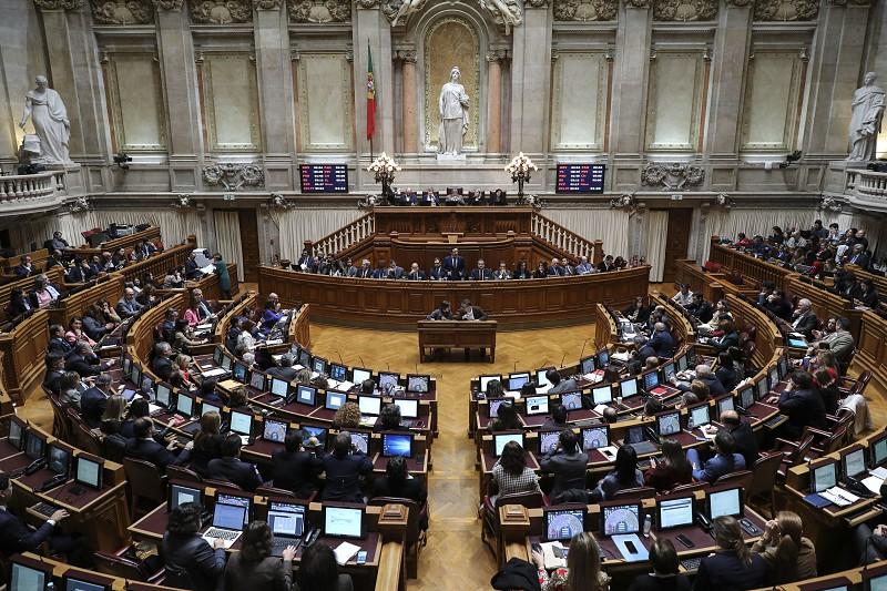 Resultado de imagem para Parlamento debate hoje projetos de lei e resoluções para cumprimento da Convenção dos Direitos das Crianças
