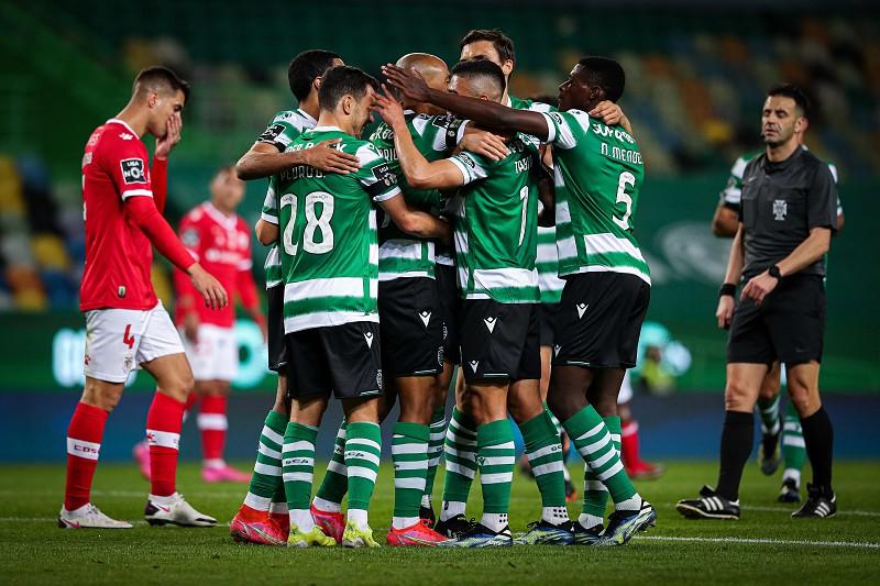 Sporting 2 1 Santa Clara Coates Vale Vitoria Ao Cair Do Pano E Leao Segue Na Rota Do Titulo I Liga Sapo Desporto