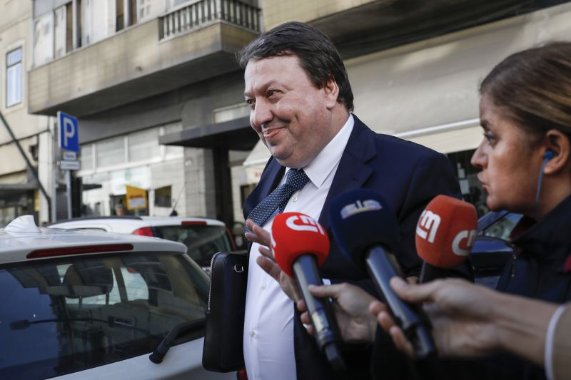 Resultado de imagem para Operação Marquês: Carlos Santos Silva diz que os 23 milhões de euros que tinha na Suíça lhe pertenciam