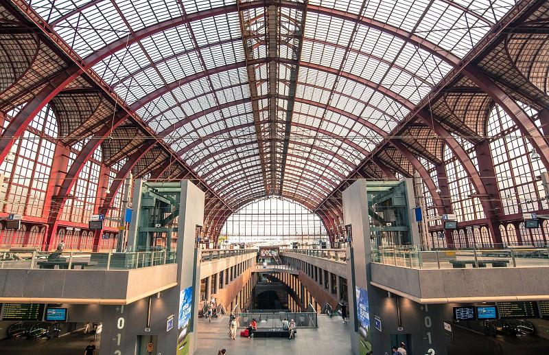 10 estações de comboio que vai querer conhecer