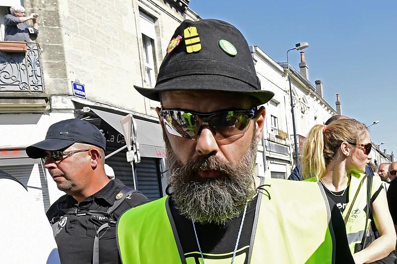 """Resultado de imagem para """"Vão-se passar muitas coisas em Paris"""". Um ano depois os coletes amarelos voltam à rua"""