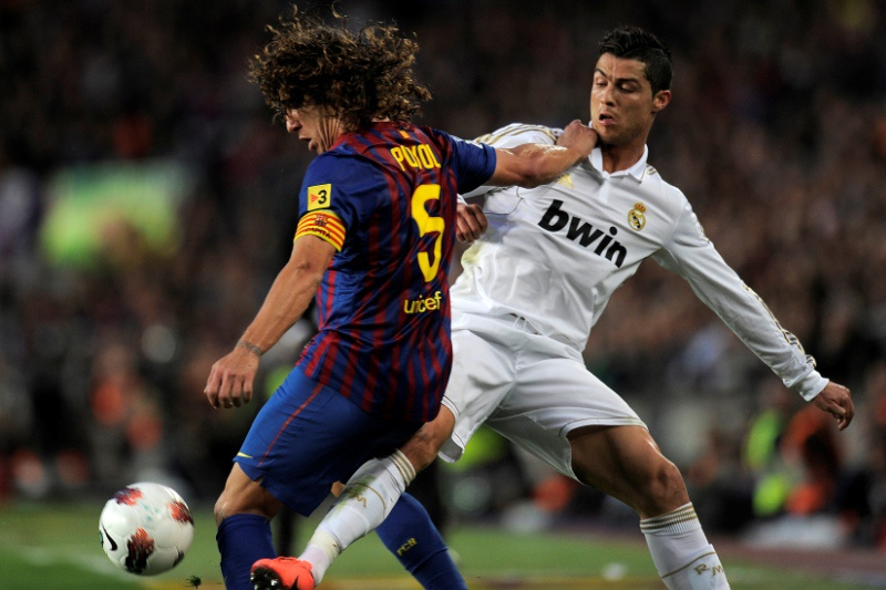 Barcelona-Real Madrid marcado para as 19h50