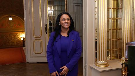 """Image result for MNE guineense diz que Governo de Aristides Gomes está """"a realizar as suas funções"""""""