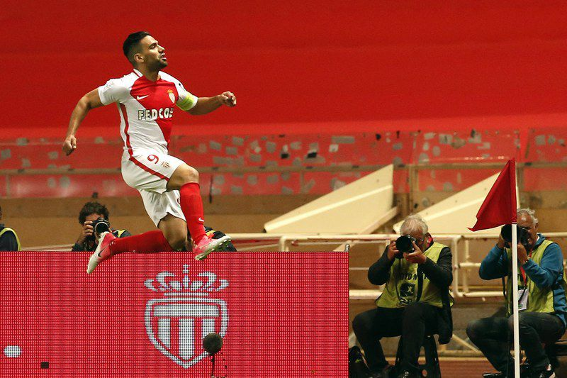 AS Monaco vs Lille OSC • epa05964777 Radamel Falcao of AS Monaco celebrates after scoring a goal against Toulouse FC during the French Ligue 1 soccer match, AS Monaco vs Lille OSC, at Stade Louis II, in Monaco, 14 May 2017.  EPA/SEBASTIEN NOGIER • SEBASTIEN NOGIER/EPA