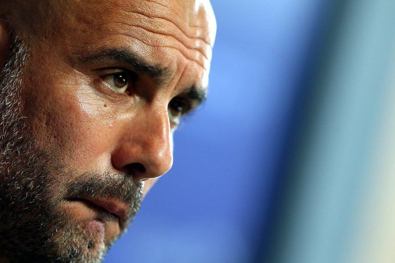 Manchester City media conference • epa05415357 Manchester City manager Pep Guardiola speaks to media during a press conference at the Etihad Stadium in Manchester, Britain, 08 July 2016.  EPA/NIGEL RODDIS • Lusa